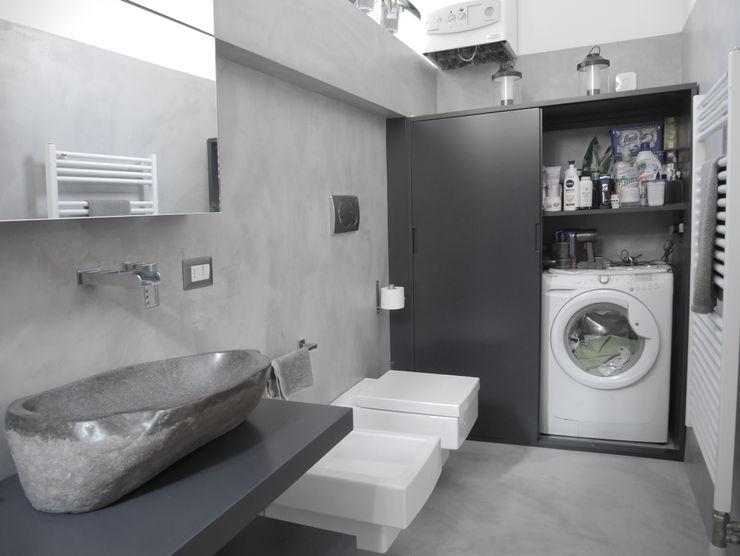 bagno in microcemento grigio studio di progettazione architetto caterina martini Bagno moderno