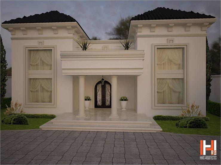 HHRG ARQUITECTOS Classic style houses