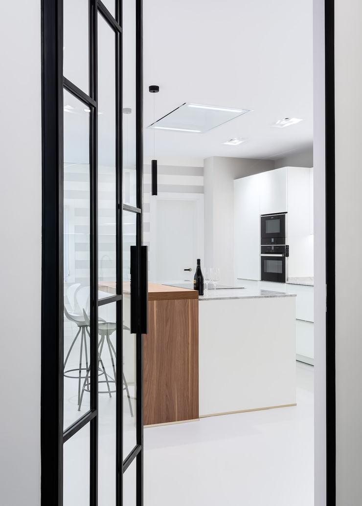 DIADE Gestión de obras y Proyectos Built-in kitchens