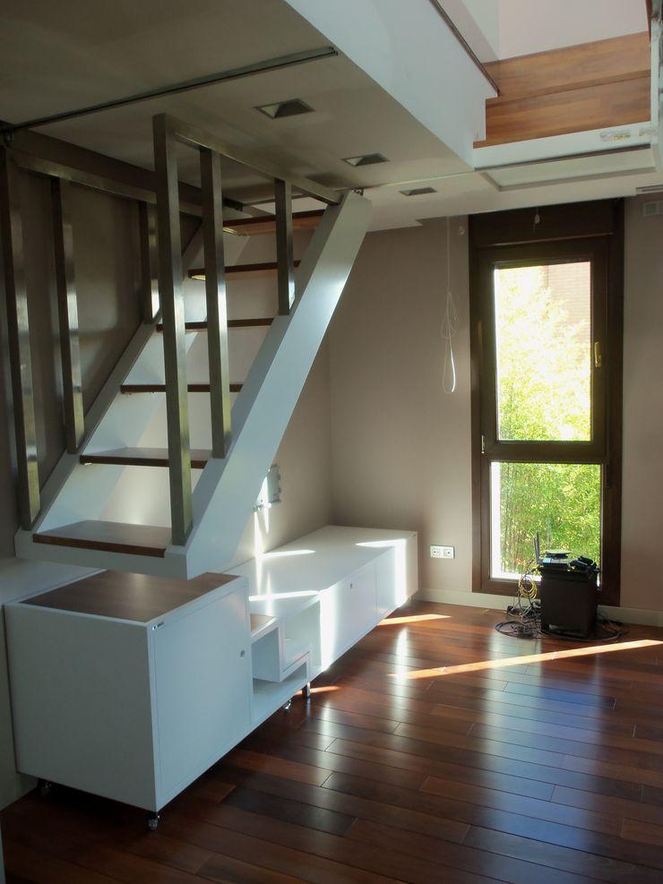 CANO Carpintería Modern Living Room