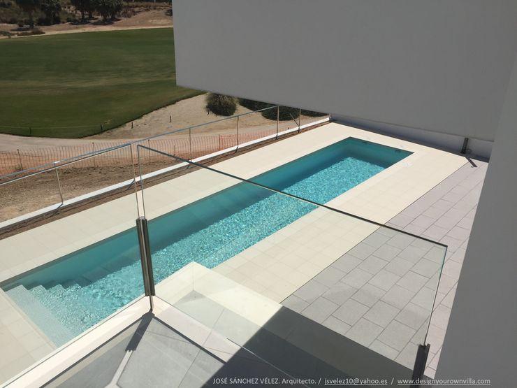 Vivienda moderna con solárium particular DYOV STUDIO Arquitectura, Concepto Passivhaus Mediterraneo 653 77 38 06 Casas de estilo mediterráneo Arenisca Blanco