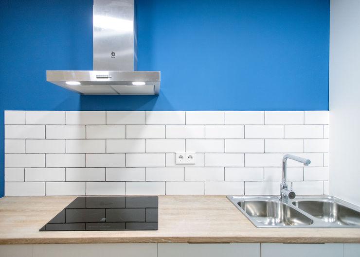 Diseño de cocina Grupo Inventia Cocinas integrales Azulejos Blanco