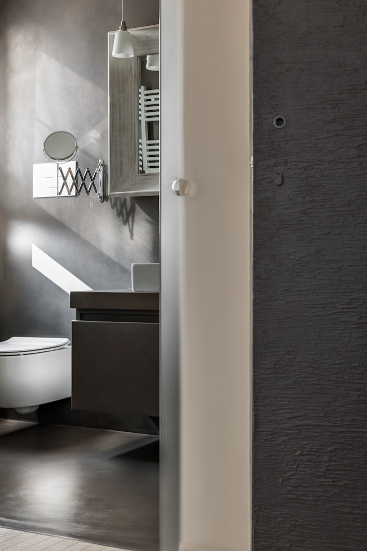 Appartamento privato a Bergamo Resin srl Bagno moderno