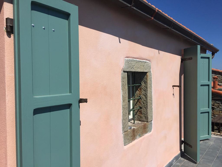 Ristrutturazione casa privata Corniglia La Casa di Terra di Grazia Lacchini Casa di campagna Rosso