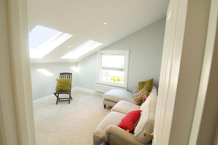 Loft Conversion Bedroom 2 APT Renovation Ltd Modern style bedroom