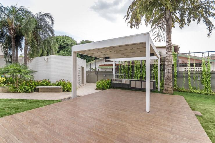 Design Group Latinamerica Modern Terrace