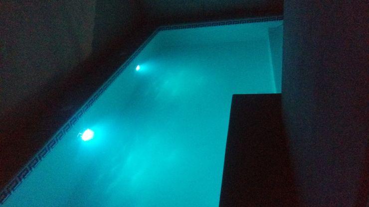 SERVICIOS Y ACABADOS PARA LA CONSTRUCCION Infinity Pool Reinforced concrete Blue