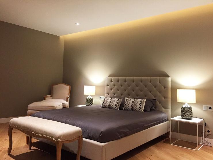 Foto interior de dormitorio principal GARLIC arquitectos Dormitorios de estilo moderno
