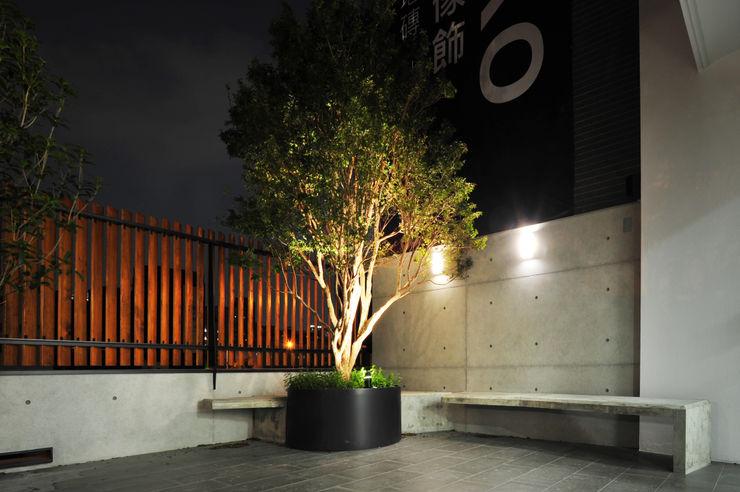 黃耀德建築師事務所 Adermark Design Studio ミニマルな 庭