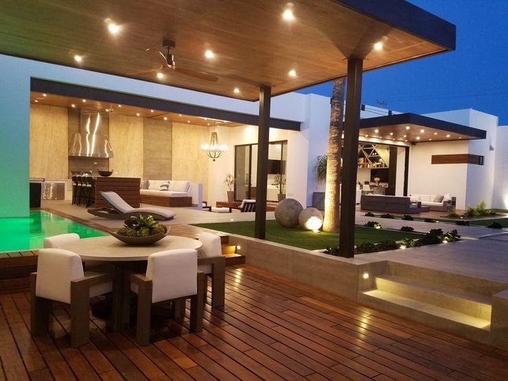 Merarki Arquitectos Modern style balcony, porch & terrace
