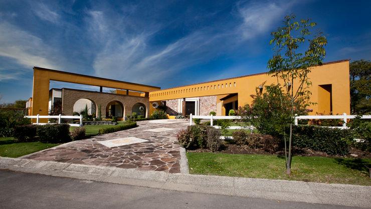 BASHBUCH ARQUITECTOS Villas