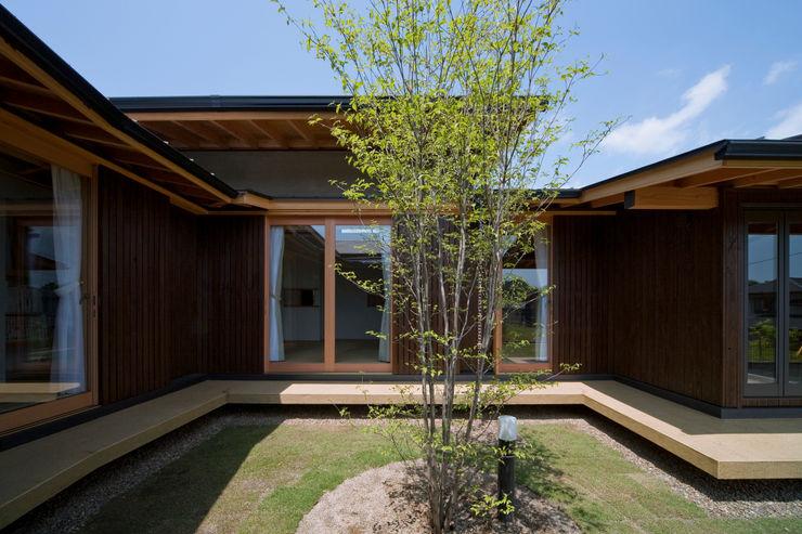 山道勉建築 Wooden houses Wood Brown