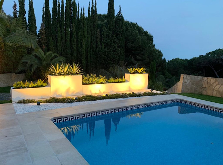 GreenEv LD Mediterranean style garden