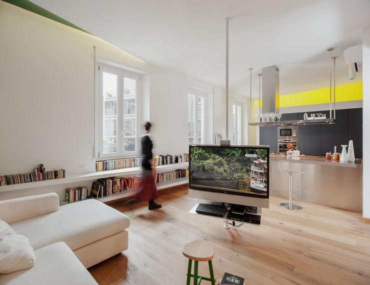 mobile televisione CLACstudio Soggiorno moderno