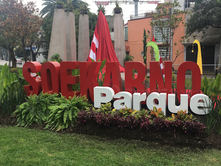 Inauguración BARRAGAN ARQUITECTOS Exhibition centres