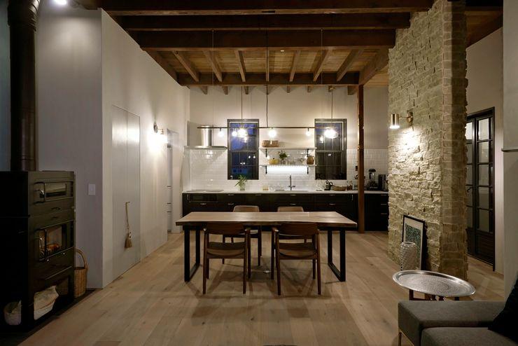 House in Minamitawara Mimasis Design/ミメイシス デザイン システムキッチン