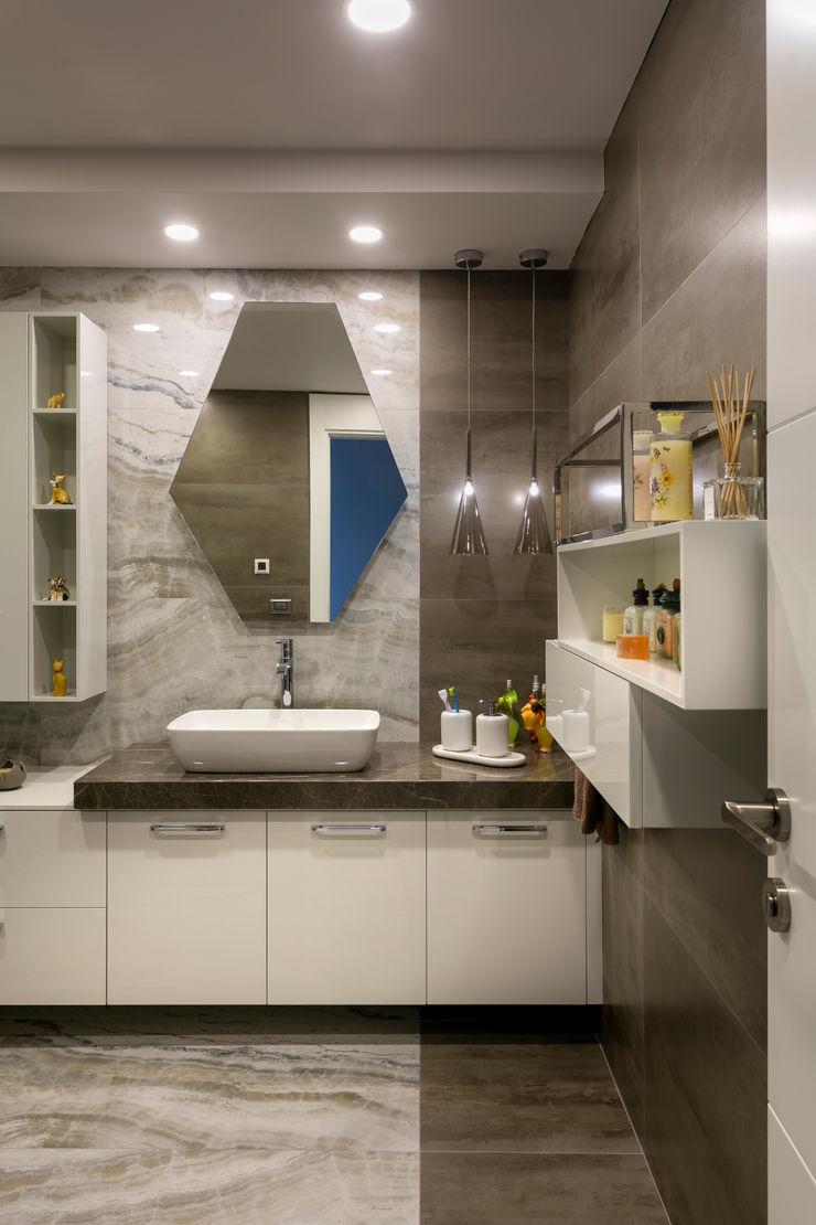 Mimoza Mimarlık Classic style bathroom