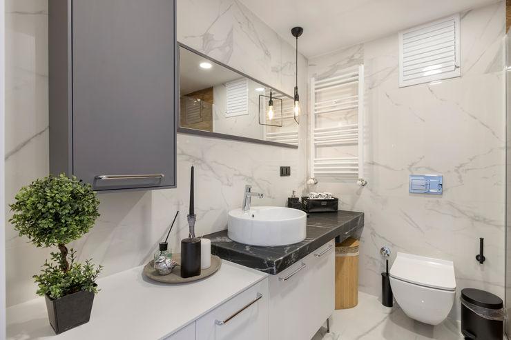 UĞUR BİRKAN EVİ Mimoza Mimarlık Eklektik Banyo