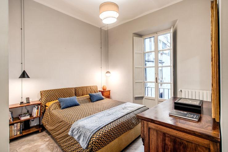 SARDEGNA MOB ARCHITECTS Camera da letto moderna