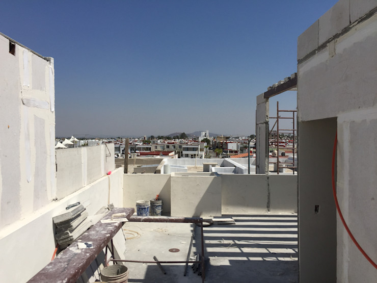 CONSTRUCCION DEL FUTURO Arqcubo Arquitectos Balcones y terrazas modernos