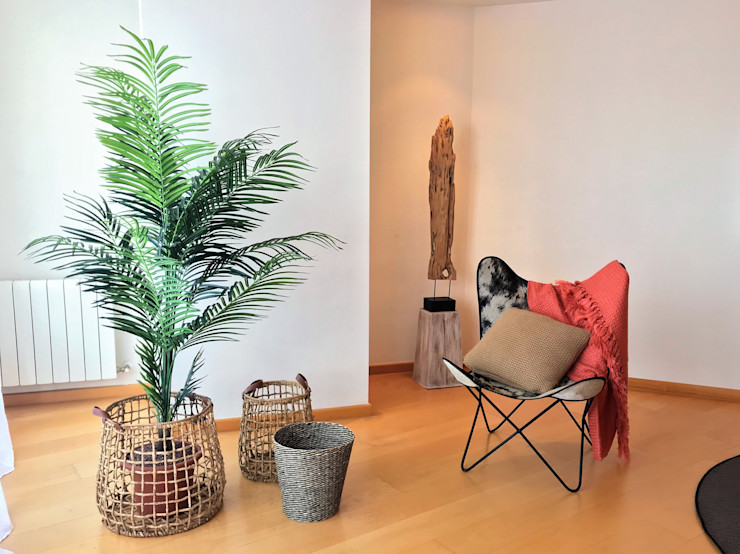 A interiorismo by Maria Andes ВітальняДивани та крісла Рожевий