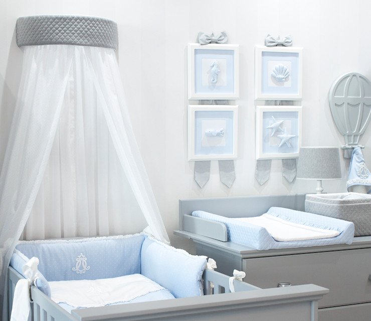 baby d'Oro Minimalist nursery/kids room White