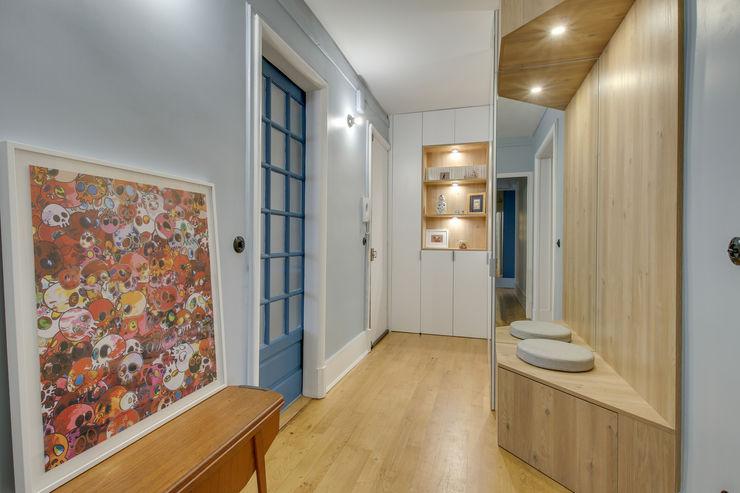 L'entrée Design d'intérieur Couloir, entrée, escaliers modernes