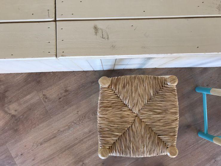 Materiales tradicionales en recepción A interiorismo by Maria Andes Hoteles de estilo mediterráneo Madera Blanco