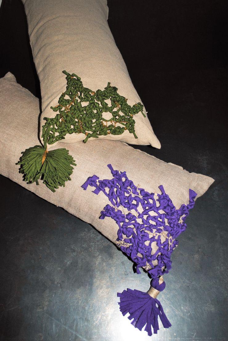 Pompón.Do | Conjunto de cojines azulejos Ana Salomé Branco ArteObjetos artísticos Yute Verde