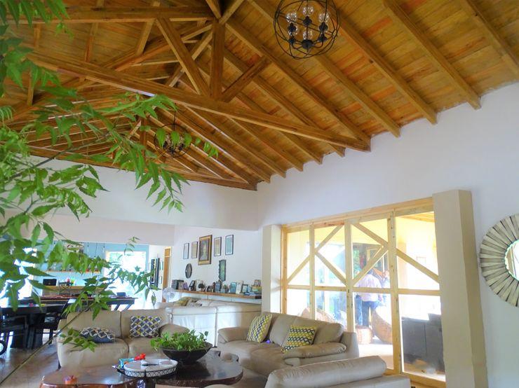cubiertas Casas y cabañas de Madera -GRUPO CONSTRUCTOR RIO DORADO (MRD-TADPYC) Techos