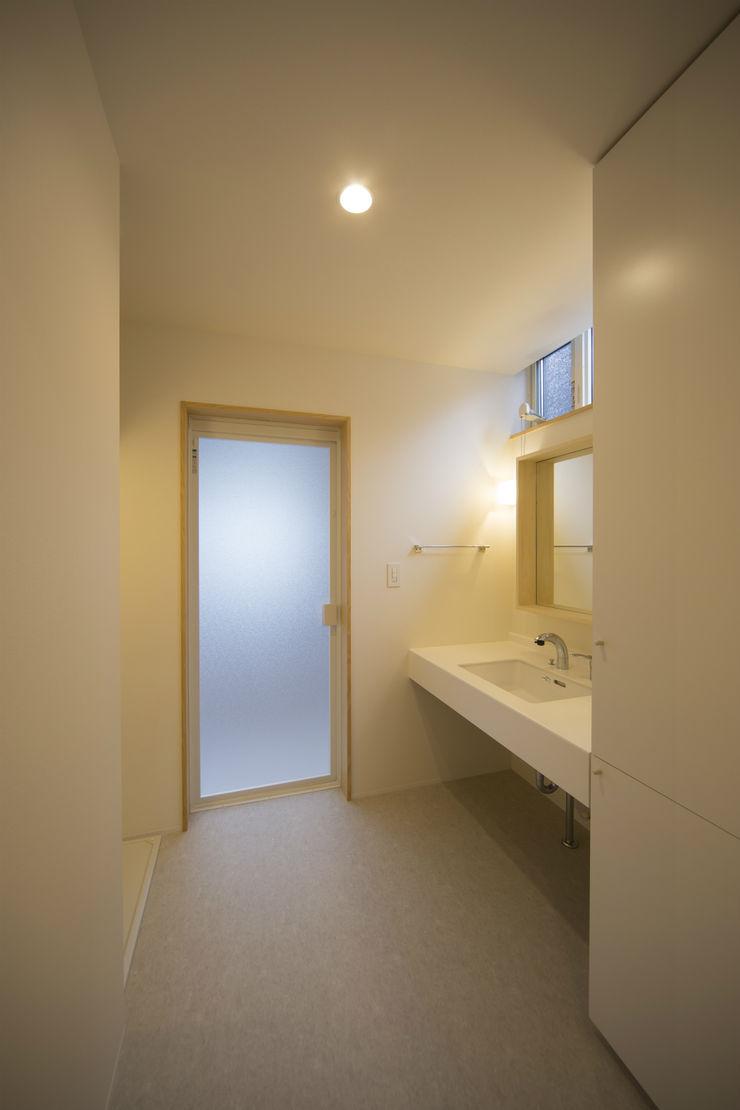 T・T-home 一級建築士事務所 想建築工房 モダンスタイルの お風呂