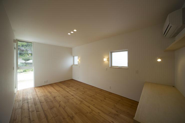 T・T-home 一級建築士事務所 想建築工房 モダンスタイルの寝室