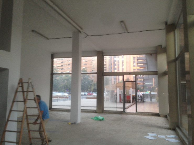 El local antes de la intervención - Reforma Integral - Actividad OCTANS AECO Oficinas y tiendas de estilo moderno