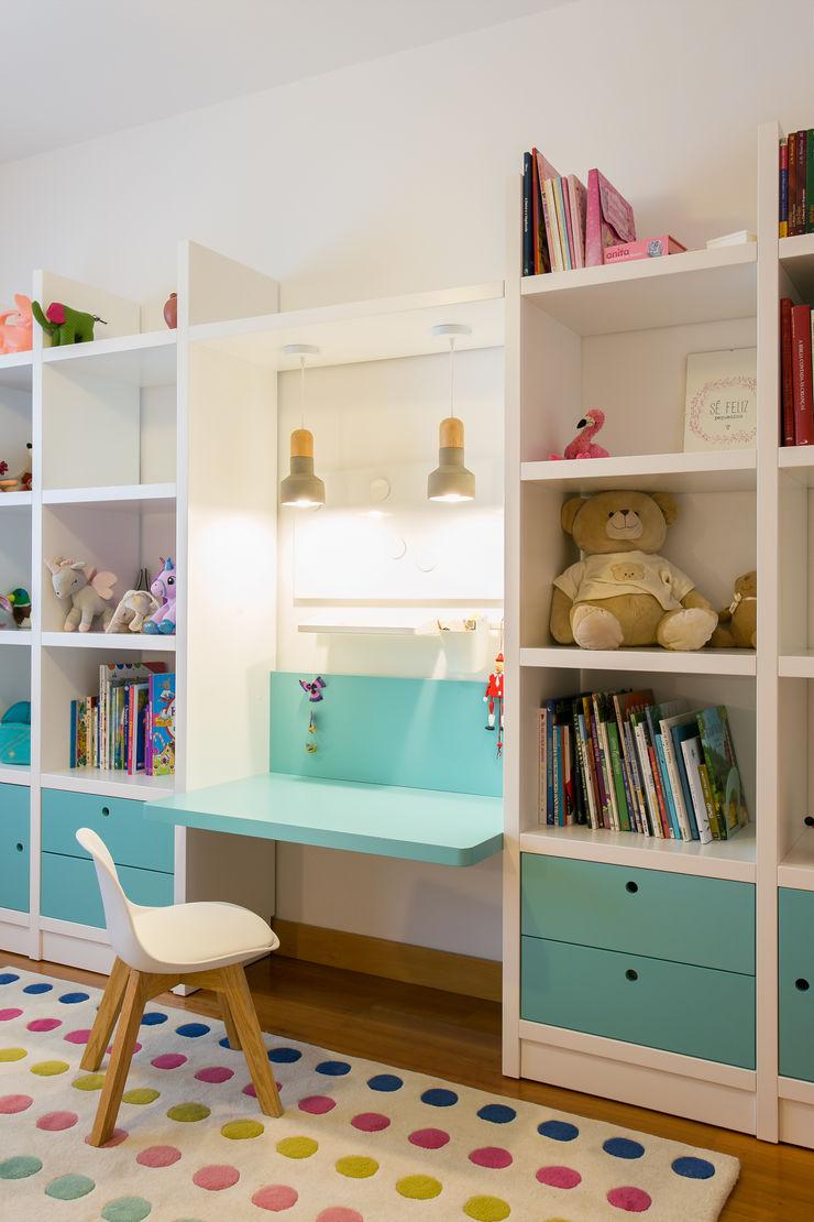 Traço Magenta - Design de Interiores Dormitorios infantiles modernos