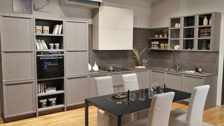 Stosa Cucine - Newport Formarredo Due design 1967 Cucina attrezzata Grigio