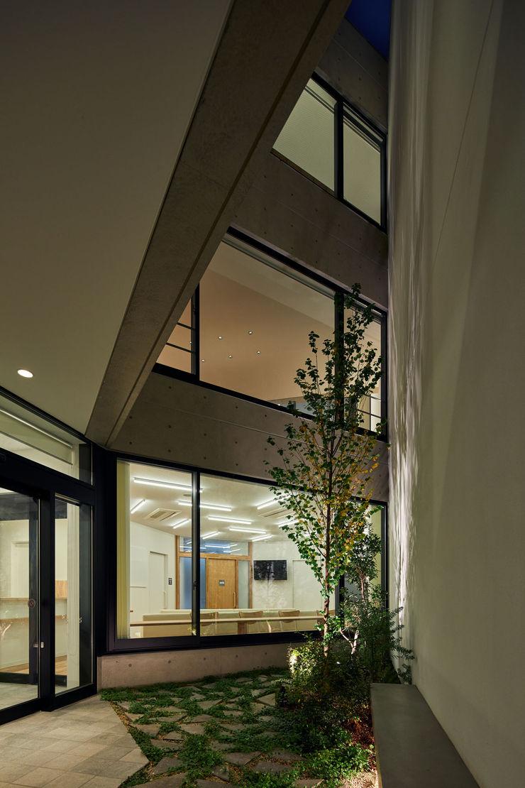 向山建築設計事務所 Modern garden
