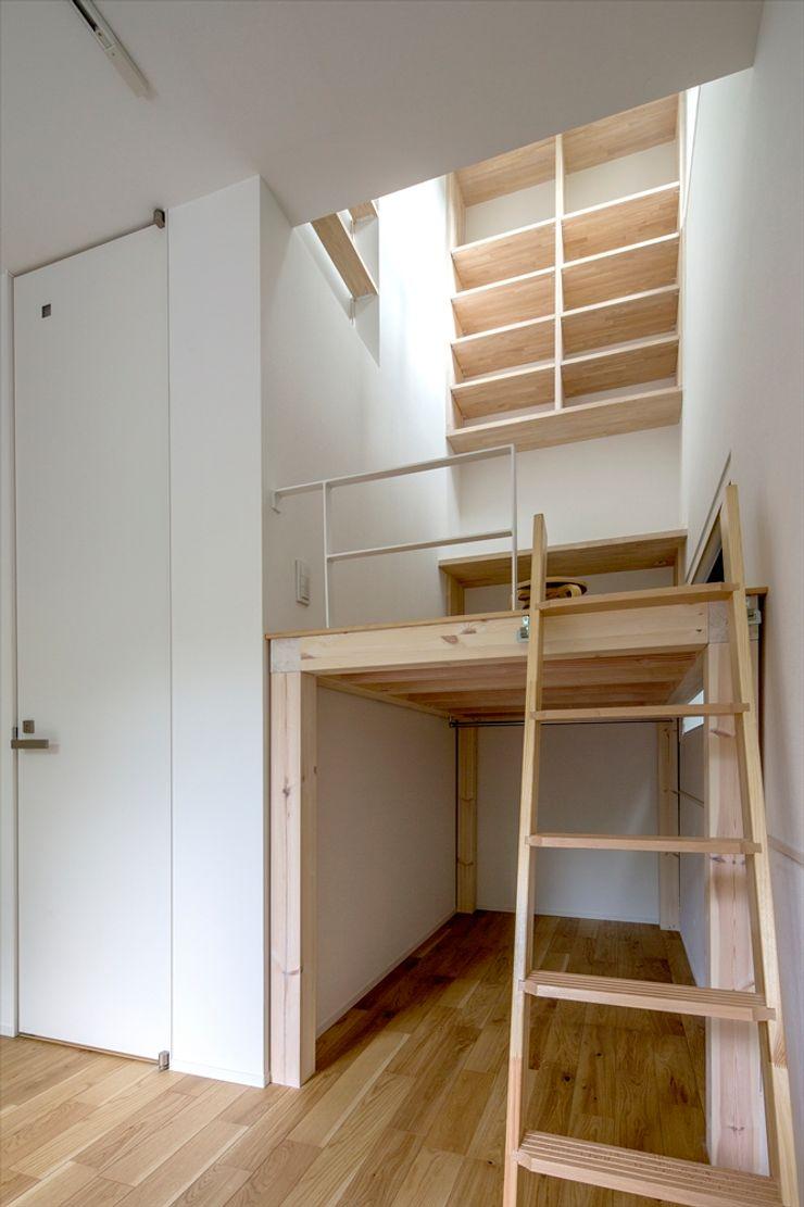 向山建築設計事務所 Mediterranean style bedroom