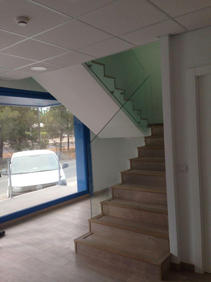 Reforma de oficinas acabada OCTANS AECO Escaleras