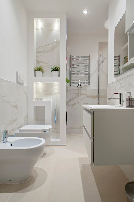 This is my bathroom Luca Bucciantini Architettura d' interni Bagno minimalista Legno Bianco
