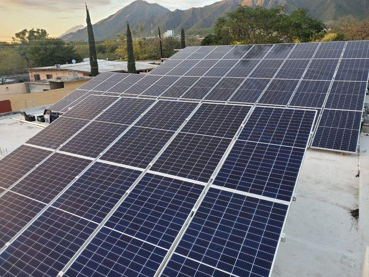 KB Solar オフィススペース&店 アルミニウム/亜鉛 青色