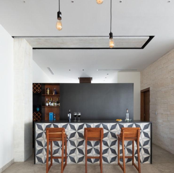 Daniel Cota Arquitectura | Despacho de arquitectos | Cancún Dining roomChairs & benches