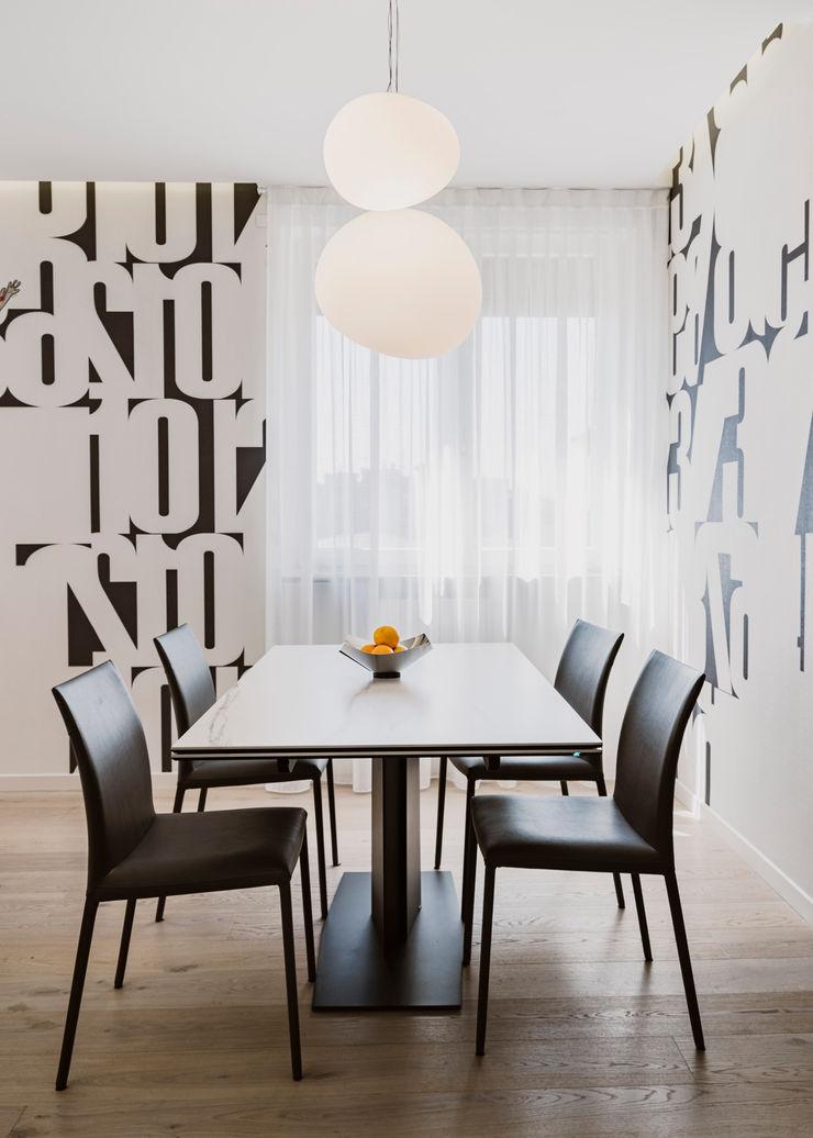 Una moderna fermata del tram Annalisa Carli Cucina attrezzata Ceramica Bianco