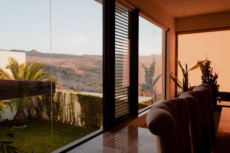 Vista desde Sala GRUPO VOLTA Casas unifamiliares Metal