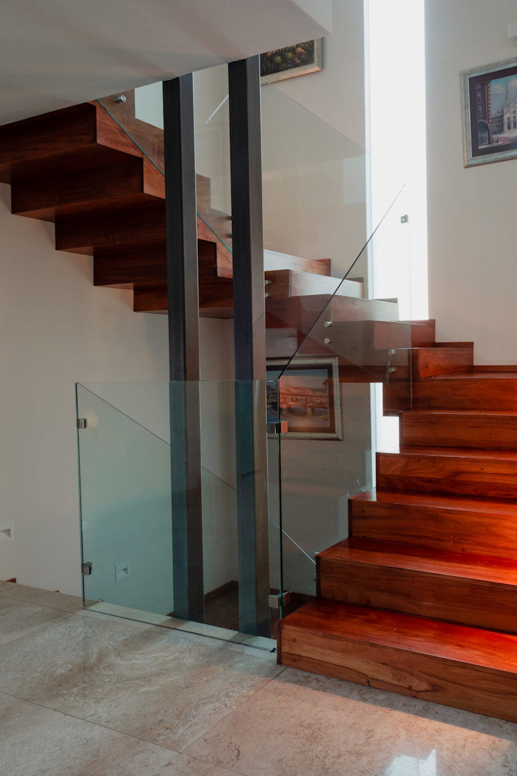 Escalera principal GRUPO VOLTA Escaleras Madera