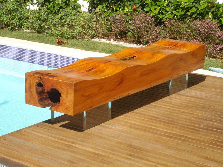 Camacã Design em Madeira Pool Solid Wood