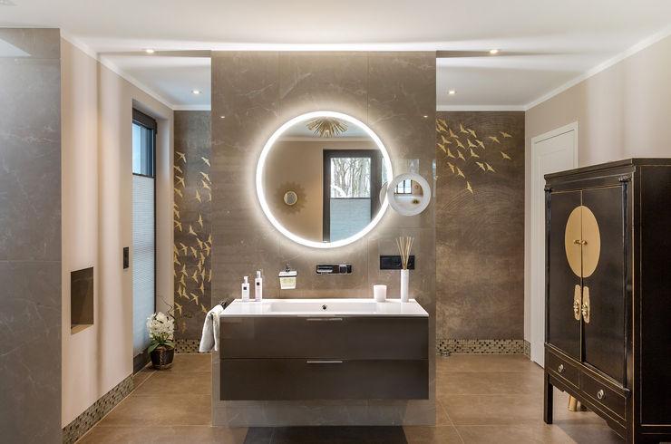 CONSCIOUS DESIGN - INTERIORS Bagno in stile asiatico Piastrelle Beige