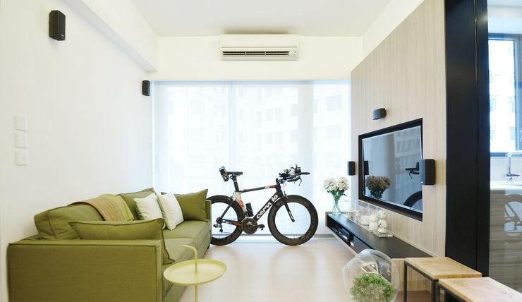 A Square Ltd Modern living room Plywood Wood effect