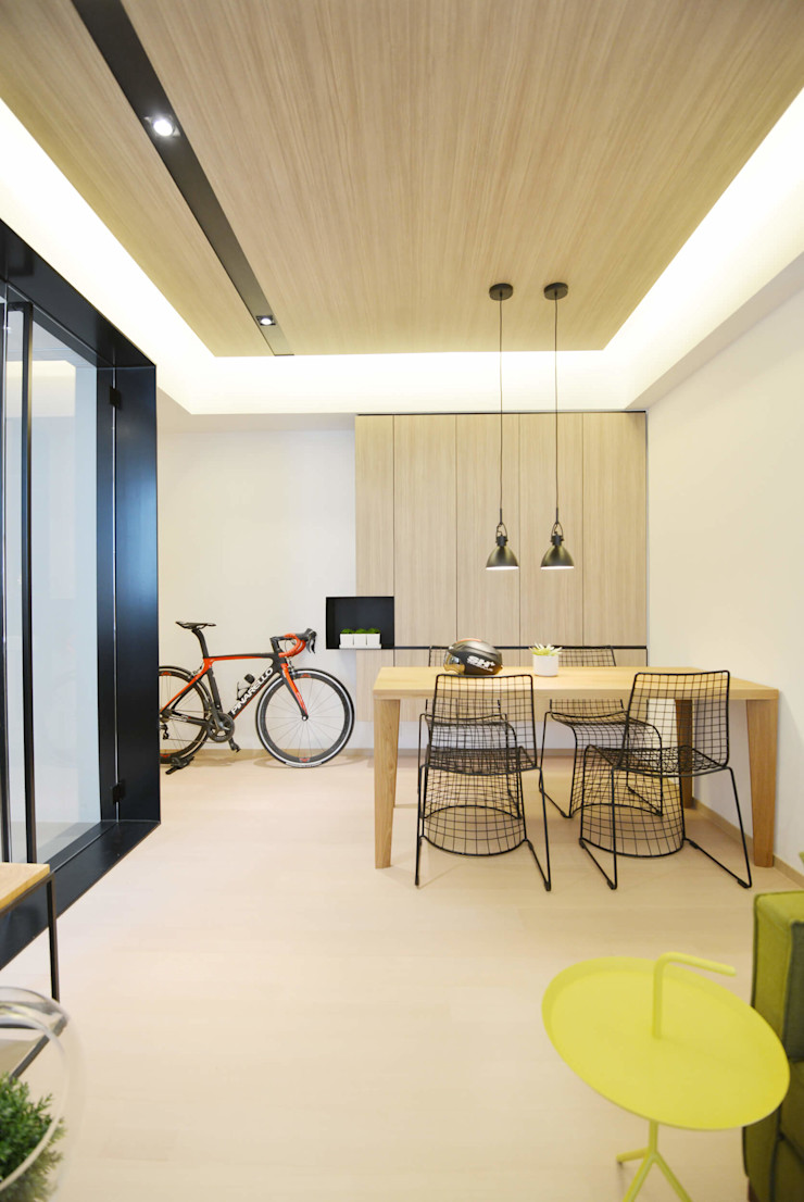 A Square Ltd Modern dining room Plywood Wood effect