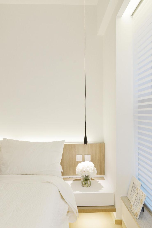 A Square Ltd Small bedroom Wood Beige
