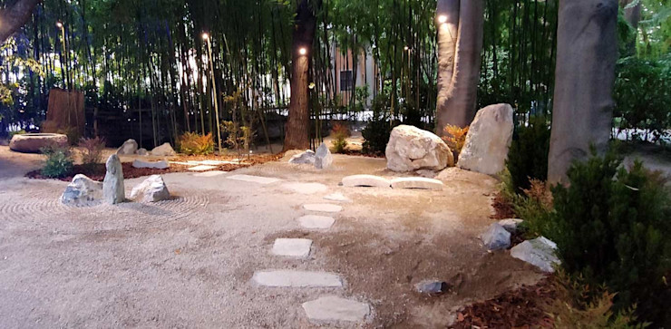 Il cammino del sole che sorge TREELOGY - Interior & Landscape Design Giardino Zen